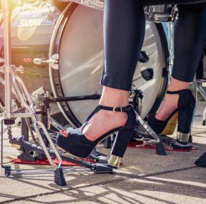 Women drummers rock!