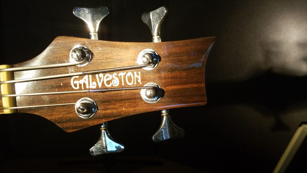 Galveston bass headstock