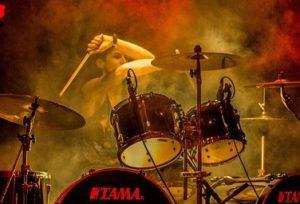 foggy drummer needing a mic shield