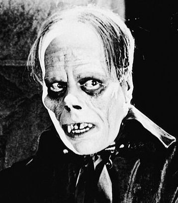 Lon Chaney as the Phantom