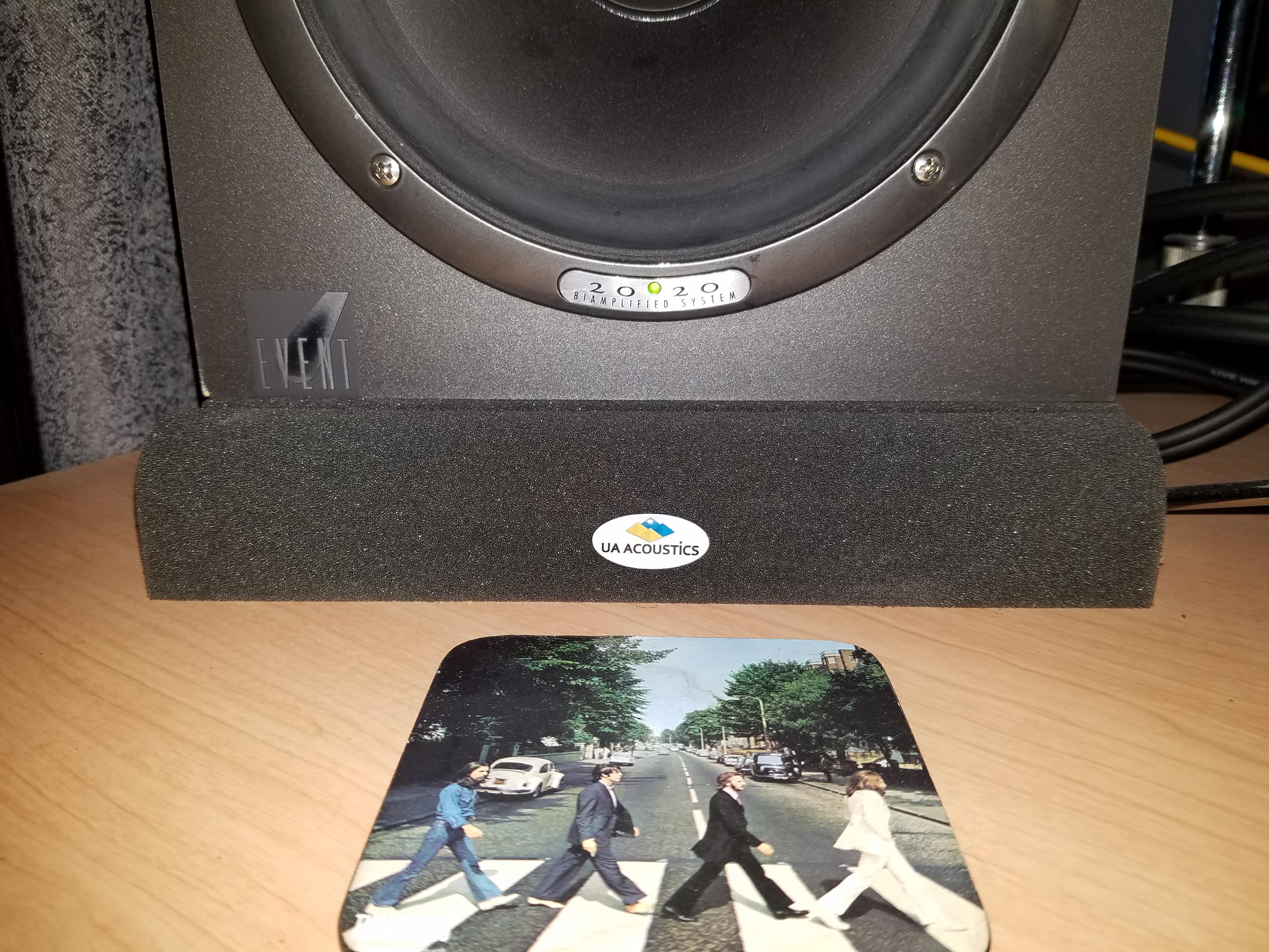 UA speaker isolation pad