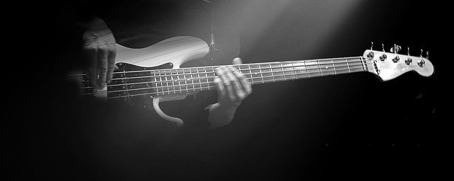 The Fender Jazz Bass! | Gear Acquisition Syndrome!!