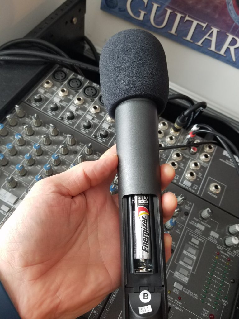 mic with battery